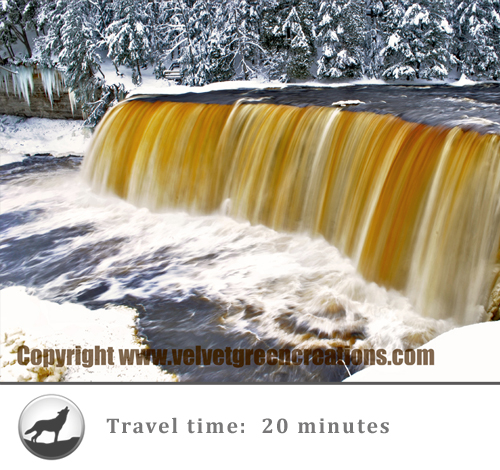 Tahquamenon Falls | Our location makes it easy to visit a multitude of incredible Upper Peninsula attractions.  Here are some of our featured Things to See in and around the Newberry MI area.