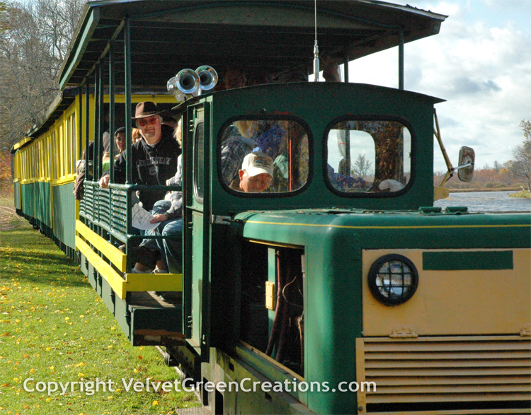 Toonerville Trolley and Boat tour